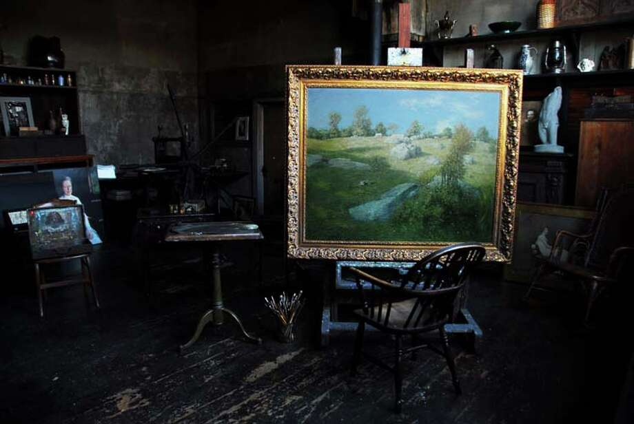 "View of the Weir Studio with Julian Alden Weir's painting ""Upland Pasture."" / © 2014 Xiomáro 