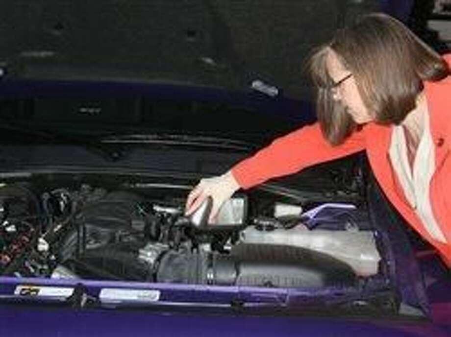 Espere por un aceite de motor con el peso correcto