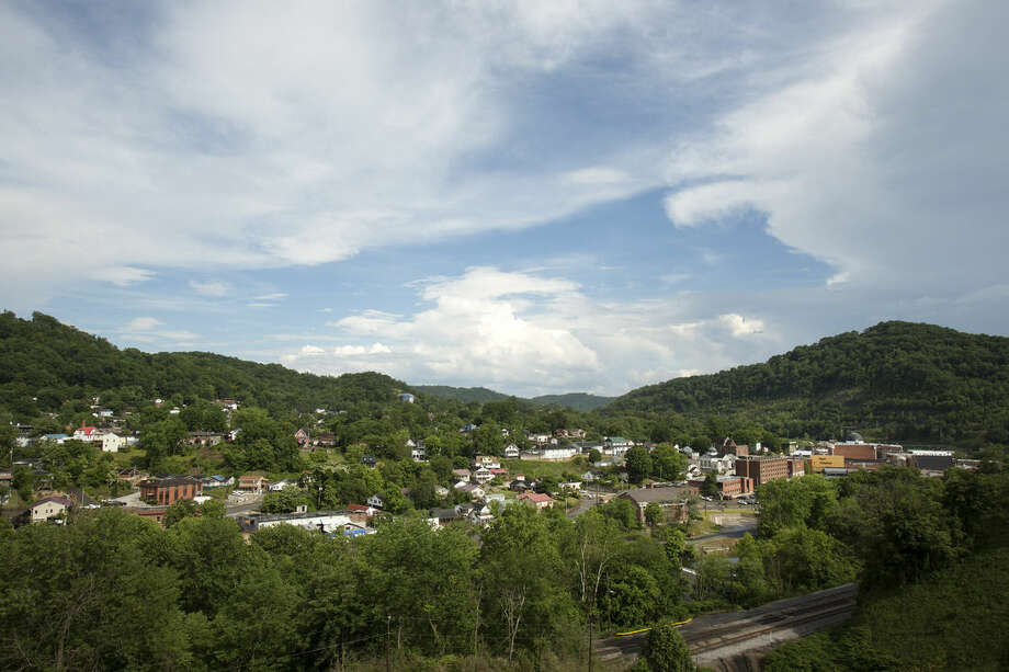 The small city of Hazard, Ky., shown Tuesday, May 26, 2015,nestled in the heart of the coal fields of Appalachia and is at the heart of an injection drug use problem in the region. Public health officials warn if the region doesn't get the problem under control, it's likely to see a Hepatitis C or HIV outbreak. (AP Photo/David Stephenson)