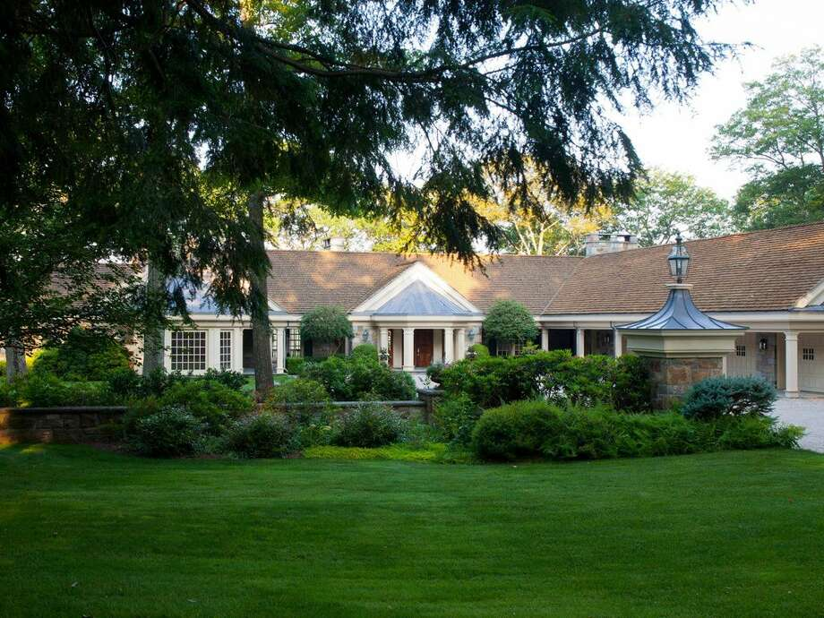 33 Ore Hill Rd, Kent, CT 06757 - 6 beds 9 baths 13,977 sqft. Features: Infinity pool with dramatic views, pool, house, ponds, wine cellar, artist studio