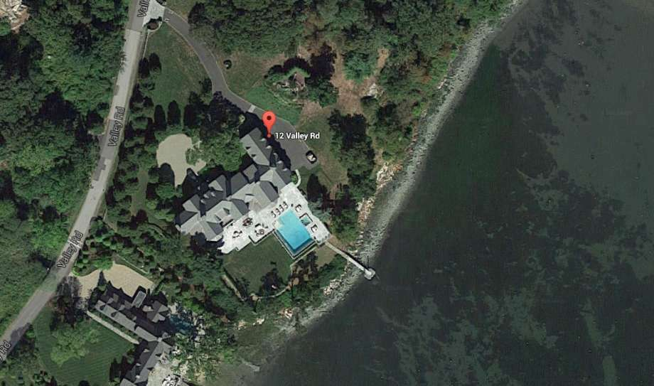 Carl Kuehner, the CEO of Stamford-based Building and Land Technology, has put his Norwalk mansion on the market, for rent at a whopping $35,000 a month or for sale outright at $11.9 million, topping by $905,000 the asking price for the private Tavern Island that until now has been the priciest listing in Norwalk. (Photo: Google Screenshot)