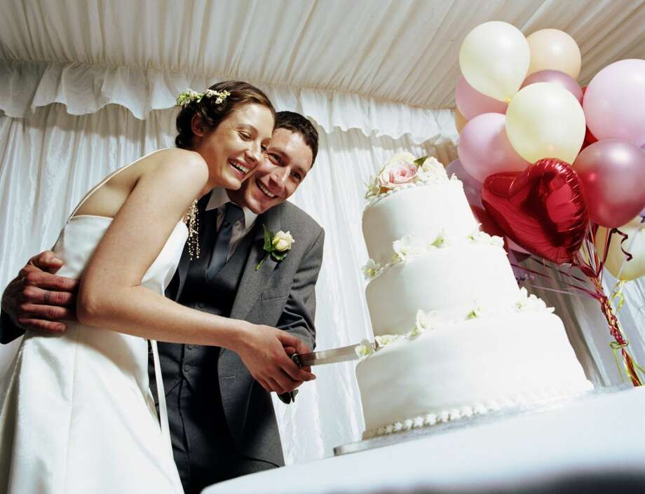 Largest wedding cake-The largest wedding cake ever assembled was built by chefs at Mohegan Sun Resort and Casino and weighed in at 15,032 lbs. It was displayed at the New England bridal showcase on February 8, 2004.