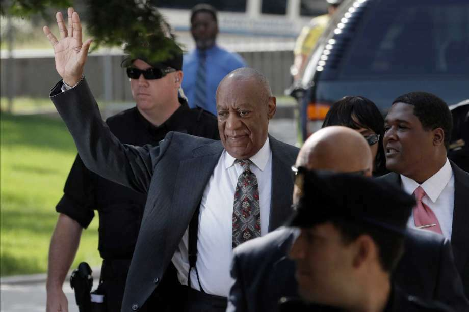 Bill Cosby waves as he arrives at the Montgomery County Courthouse for a preliminary hearing, Tuesday, May 24, 2016, in Norristown, Pa. Cosby is accused of drugging and molesting a woman at his home in 2004. (Photo: Matt Slocum, AP)