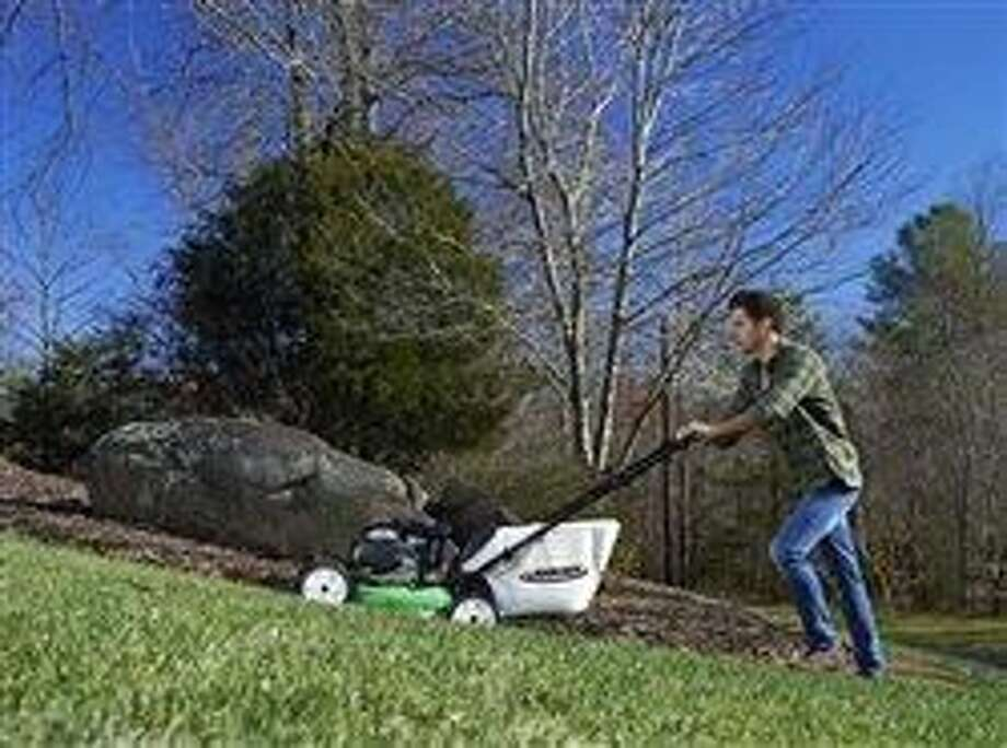 10 points to consider before buying a walk mower