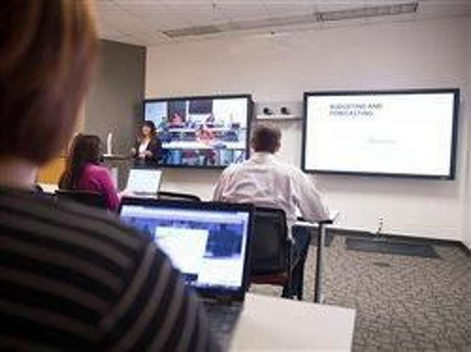 Classroom technology unites students nationwide, ushers in new learning experience