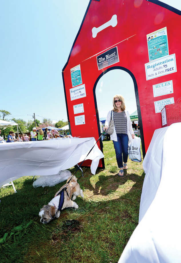 Hour photo / Erik Trautmann Betty Bondi attends The Hour Parade of Pets Pet Expo Saturday at Taylor FarmPark with her Shih Tzu Lenny.