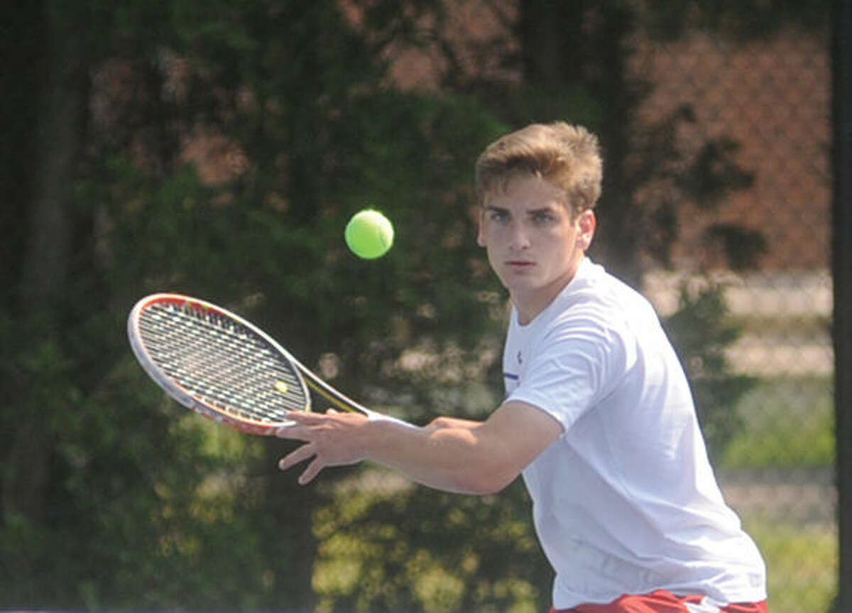 Zach Ely, Brien McMahon boys tennis at the Yale tennis courts Monday. Hour photo/Matthew Vinci