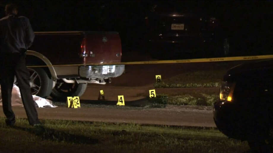 Houston Police responded to a call around 3 a.m. Saturday of a man found dead near his truck in southeast Houston on Saturday June 11, 2016. Photo: Metro Video