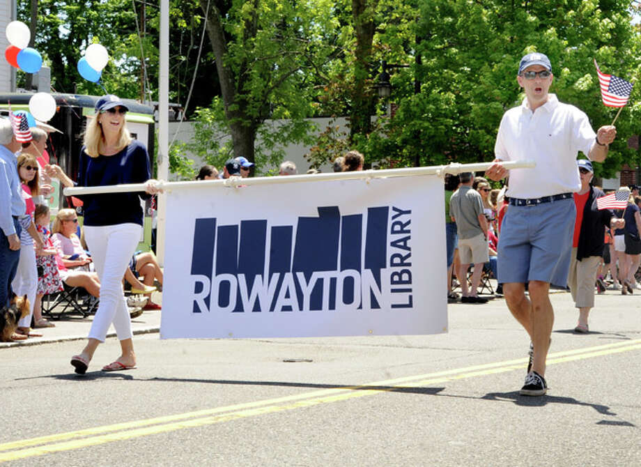 Members of the Rowayton Library at the Rowayton Memorial Day Parade on Sunday. Hour photo/Matthew Vinci