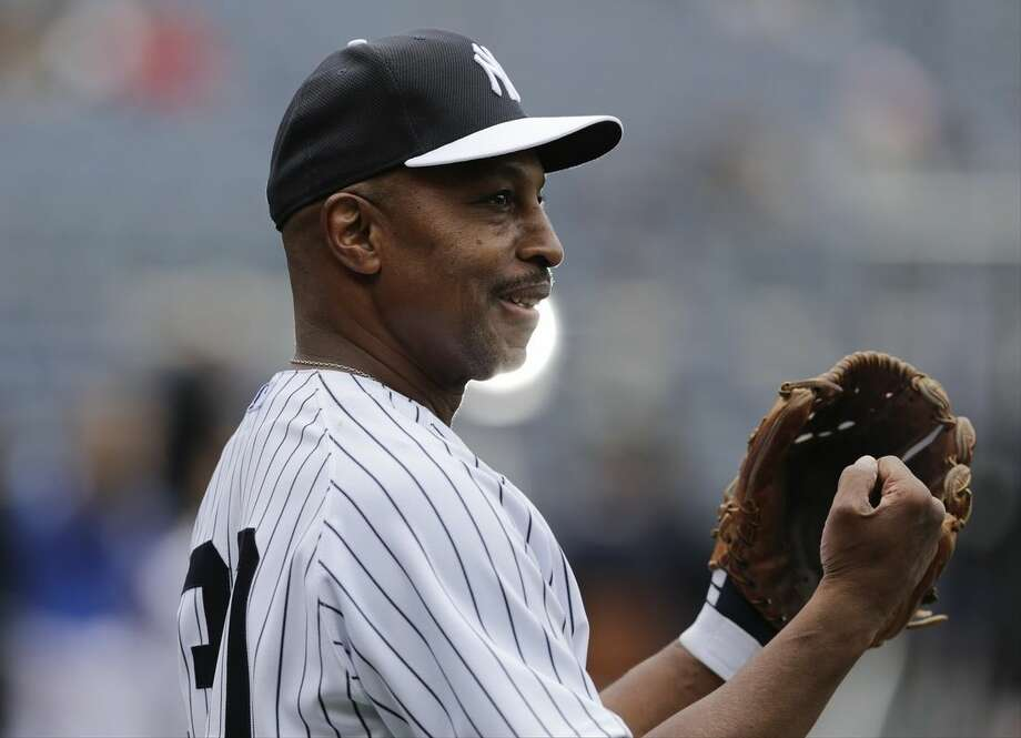 Former New York Yankees player Willie Randolph smiles during batting practice before the Old-Timers' Day baseball gameSaturday, June 20, 2015, in New York. (AP Photo/Frank Franklin II)