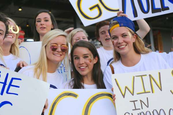 Although the Mules lost a tough one to Grapevine in the state championship Friday night at Dell Diamond, Alamo Heights fans still showed up strong for their team. Here's a look at the game from the stands.