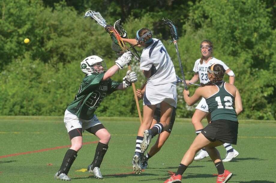 Hour Photo/Alex von Kleydorff Wiltons #7 Annie Cornbrooks vs Guilford