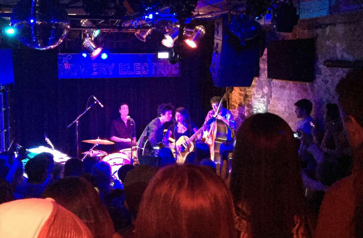 Ap photo Billie Joe Armstrong and Norah Jones perform Wednesday, June 24, 2015, in New York.