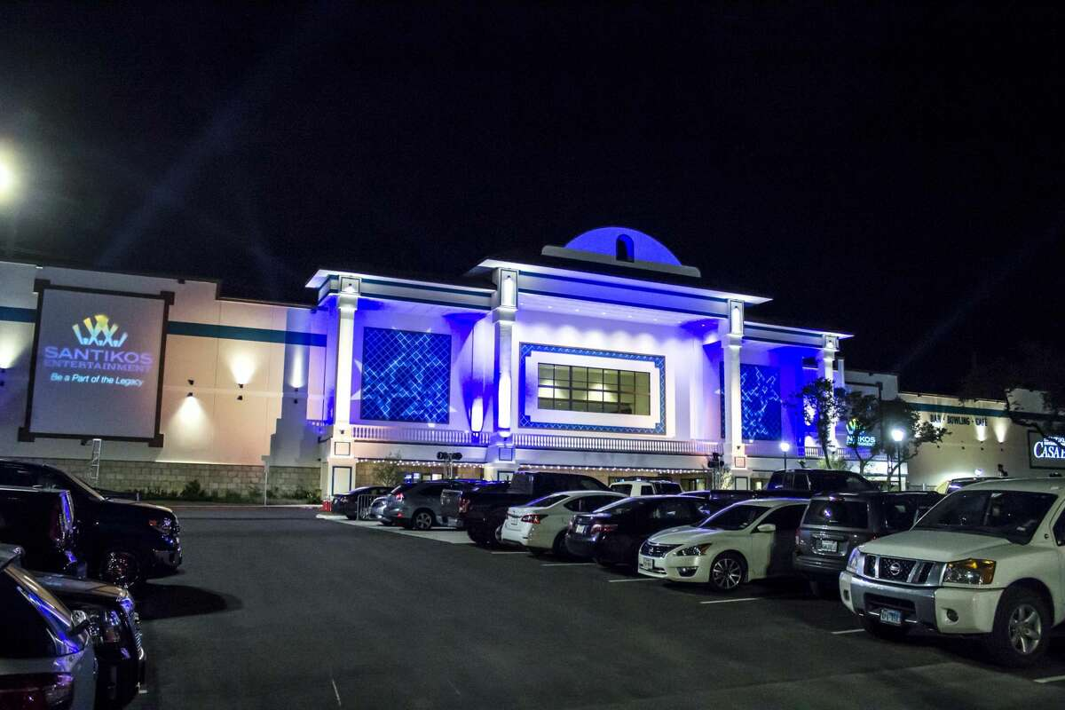 Photos from its opening night show how San Antonio loves bowling and movie combinations at Santikos' new Casa Blanca Theater Friday night, June 10, 2016.