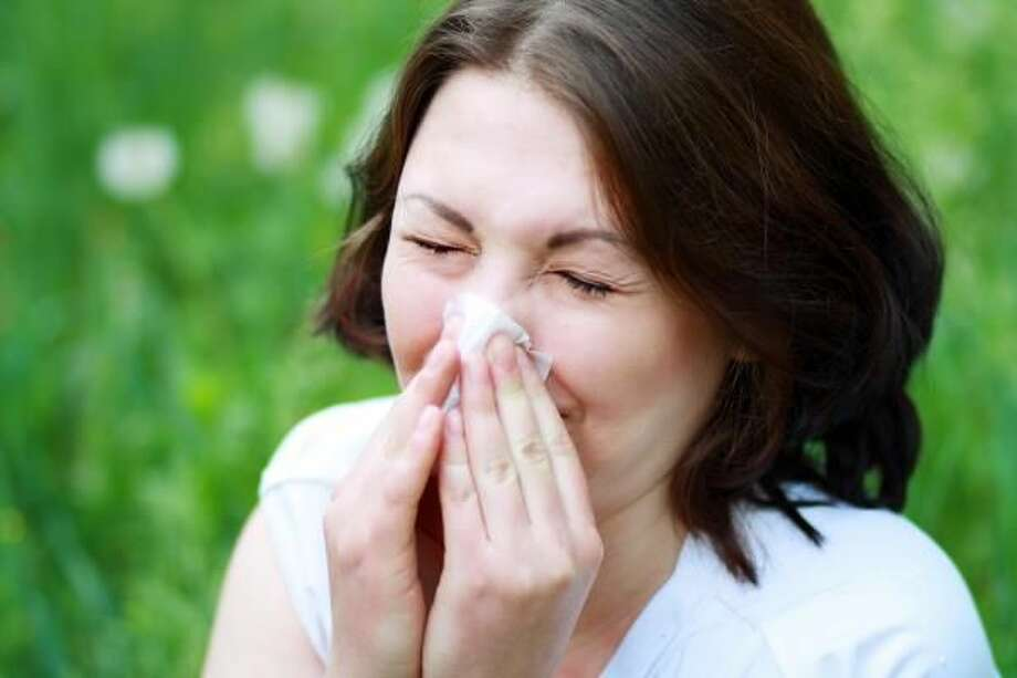 Surprising Signs You're Suffering from Allergies and Tips to Manage Them
