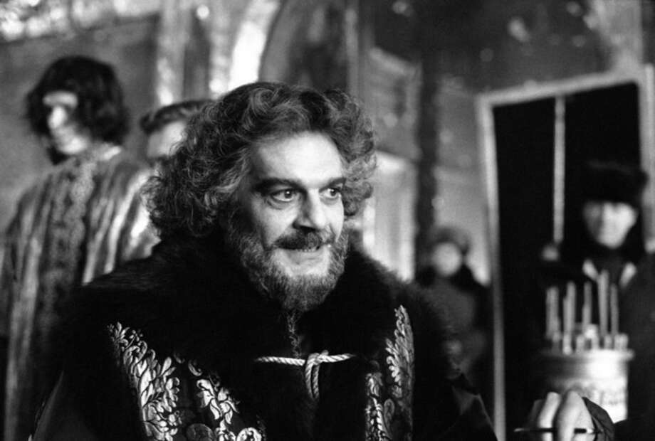 """FILE - In this February, 1985 file photo, actor Omar Sharif appears as Prince F. Romodanovsky Advisor to PeterI in the Miniseries """"Peter The Great"""" in the ancient Russian town of Suzdal. Sharif has died in a Cairo hospital of a heart attack, his agent said on Friday, July 10, 2015.(AP Photo/Boris Yurchenko, File)"""