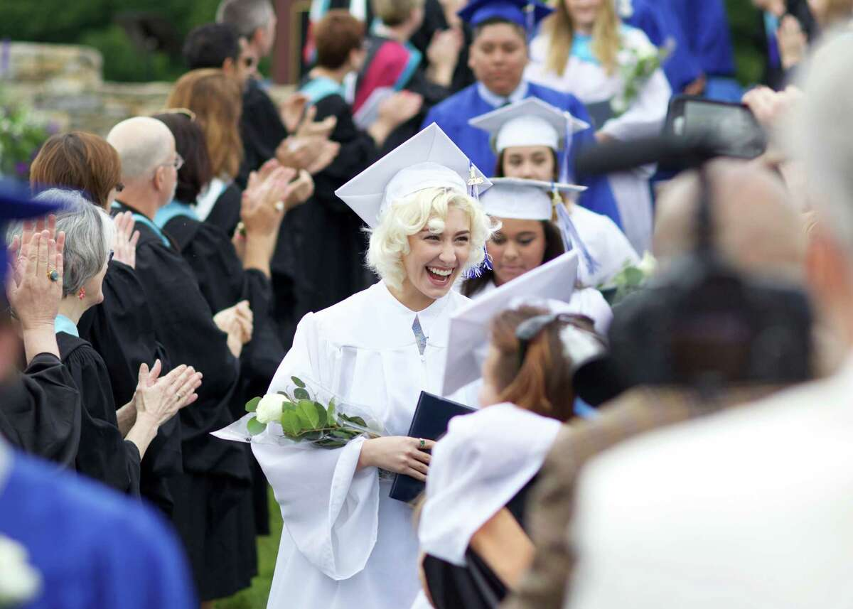Shapeup Valley High School Class of 2016 Commencement on Saturday, June 11th, 2016, at 10:00am.