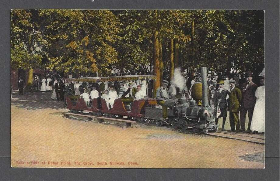 ROTON POINT, SOUTH NORWALK, CT ~ PEOPLE ON MINIATURE STEAM TRAIN, circa 1907-14