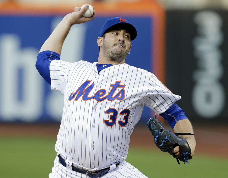 New York Mets' Matt Harvey delivers a pitch during the first inning of a baseball game against the Los Angeles Dodgers Saturday, July 25, 2015, in New York. (AP Photo/Frank Franklin II)