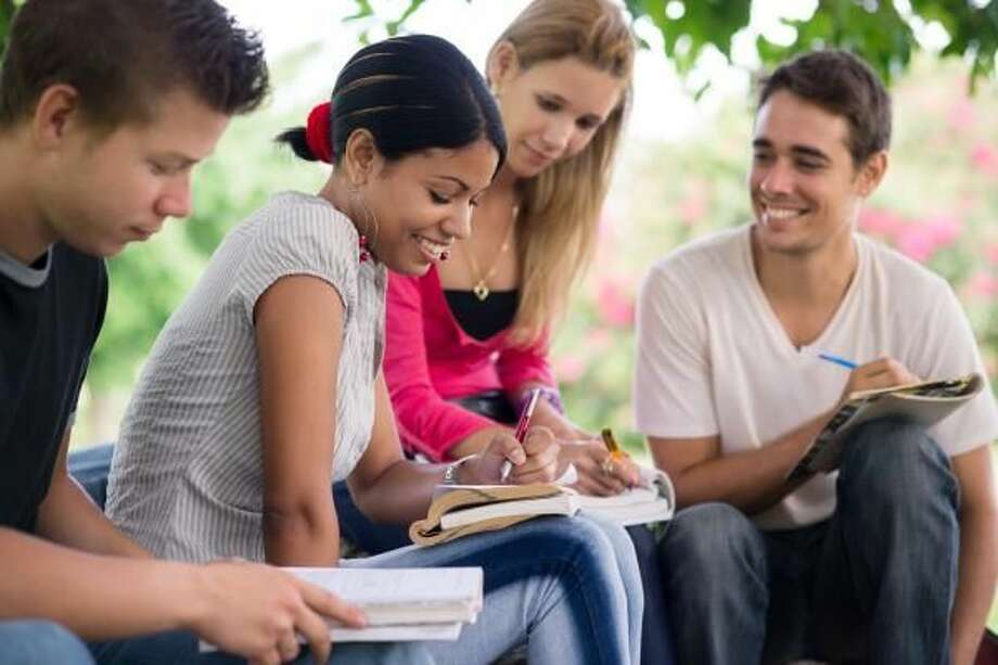 Helping High Schoolers Prep for College Entrance Exams