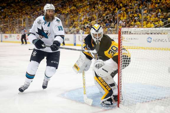 PITTSBURGH, PA - JUNE 09: Joe Thornton #19 of the San Jose Sharks skates as Matt Murray #30 of the Pittsburgh Penguins tends to net during the third period in Game Five of the 2016 NHL Stanley Cup Final at Consol Energy Center on June 9, 2016 in Pittsburgh, Pennsylvania.  (Photo by Justin K. Aller/Getty Images)
