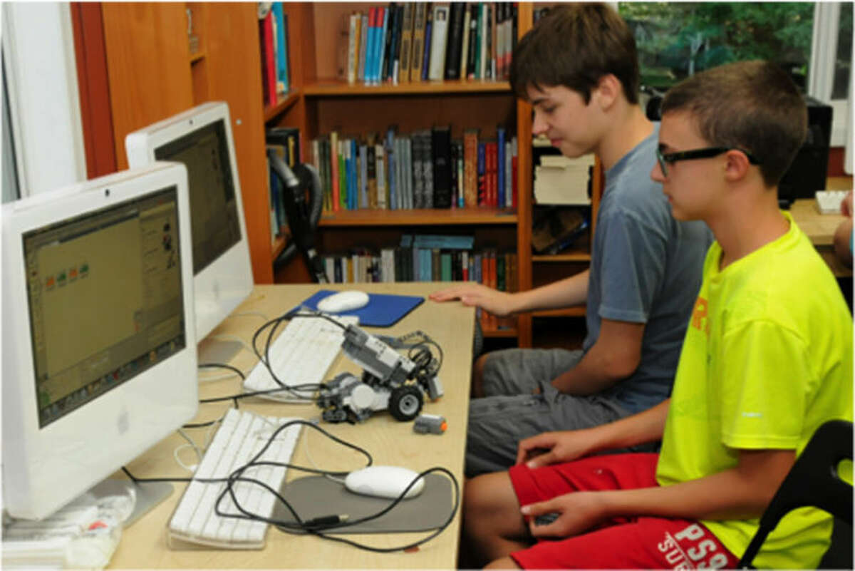 The Connecticut Friends Schoolrecently added a robotics program for students in grades 7 and 8 and an animation program for its fifth and sixth graders.