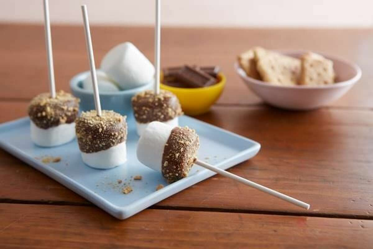 How to Sweeten Summer Celebrations with S'mores