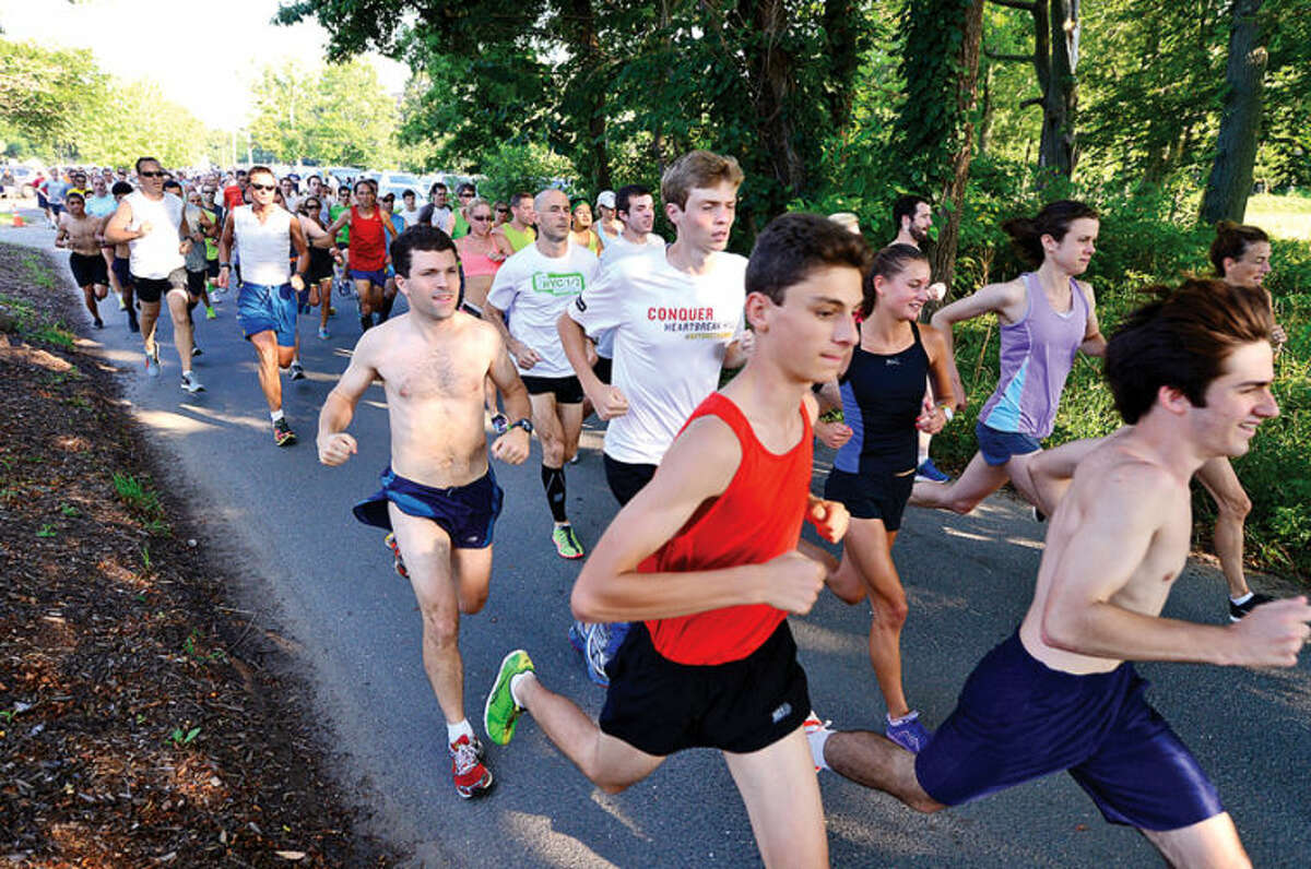 Hour photo / Erik Trautmann The field starts out on the Westport Road Runners race no. 3, a 3.8 miler, Saturday at Longshore Park.