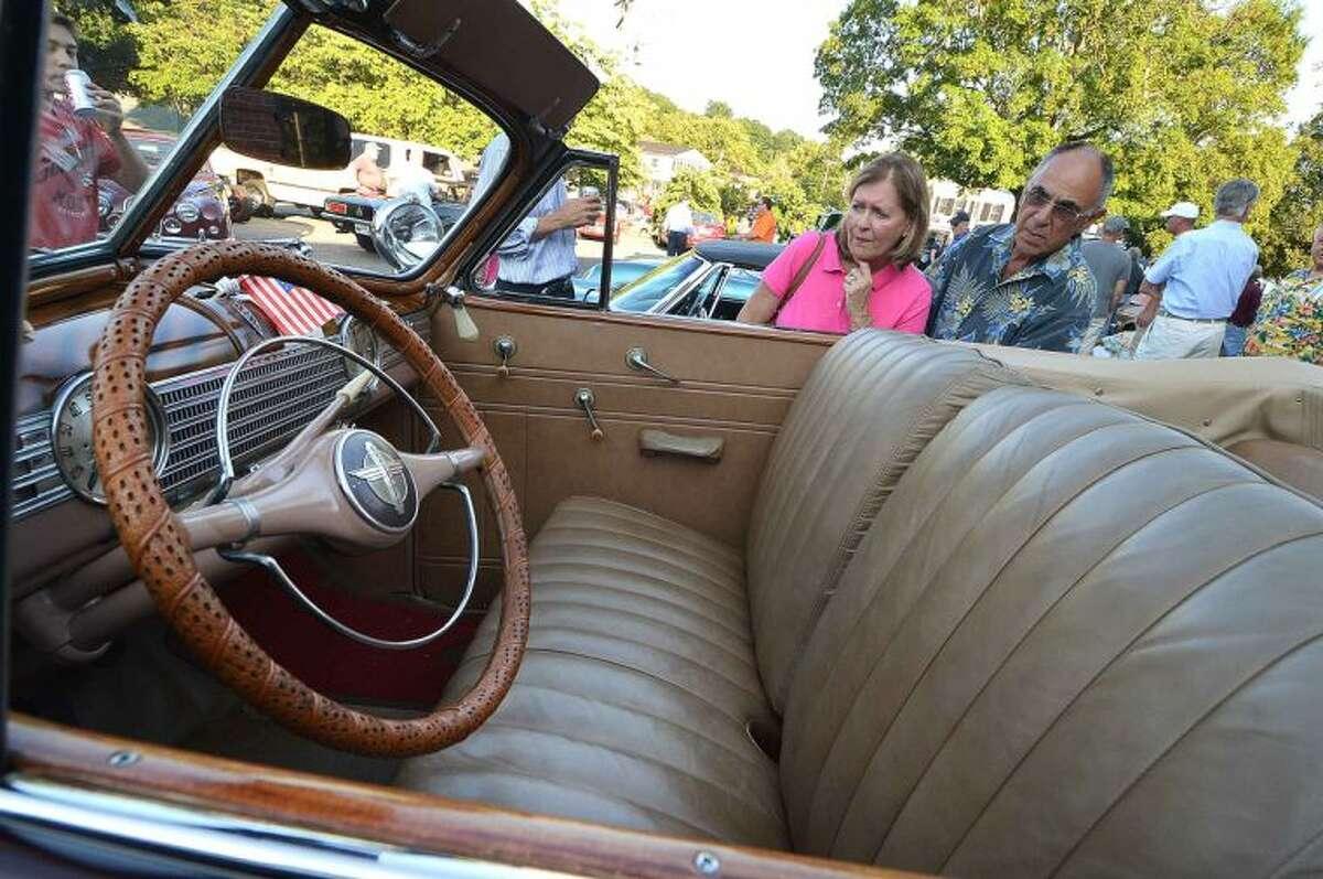 Hour Photo/Alex von Kleydorff Kiwanis 14th annual Wilton Classic & Custom Car Show and Geeb Fleming & Nick Allegretta Memorial Cruise