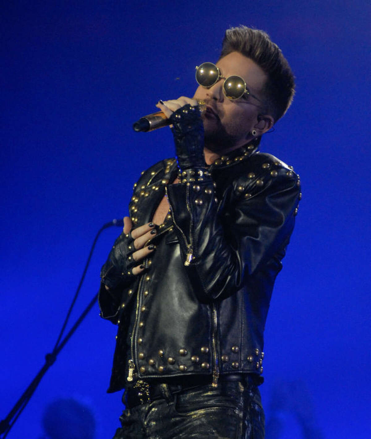 Adam Lambert is fronting the legendary rock and roll band Queen during its current North American tour, which stopped at the Mohegan Sun Arena on Saturday night.