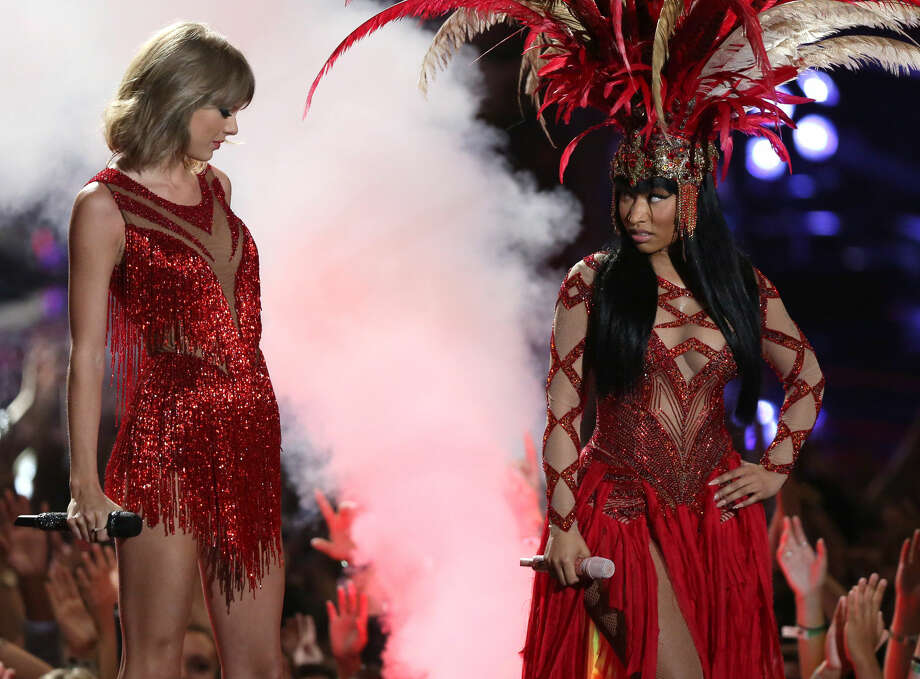 Taylor Swift, left, and Nicki Minaj perform at the MTV Video Music Awards at the Microsoft Theater on Sunday, Aug. 30, 2015, in Los Angeles. (Photo by Matt Sayles/Invision/AP)