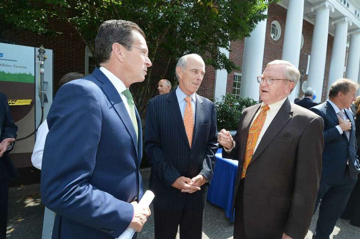 Hour Photo/Alex von Kleydorff Gov. Dan Malloy, Northeast Utilities CEO Tom May and Wilton First Selectman Bill Brennan talk about the Nautural Gas Pipeline to be built for Wilton