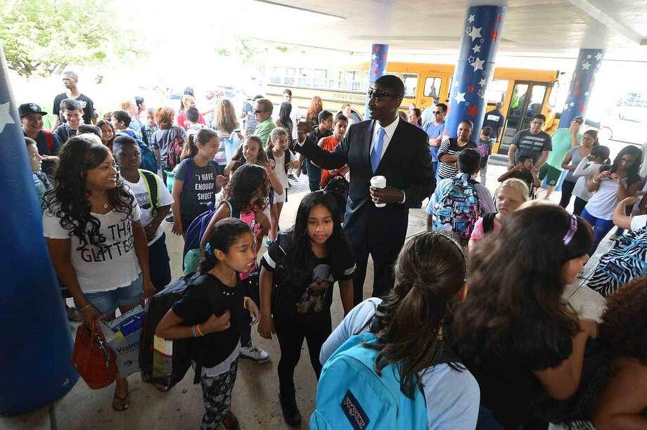 Hour Photo/Alex von Kleydorff Back to school at Nathan Hale for Norwalk students on Monday