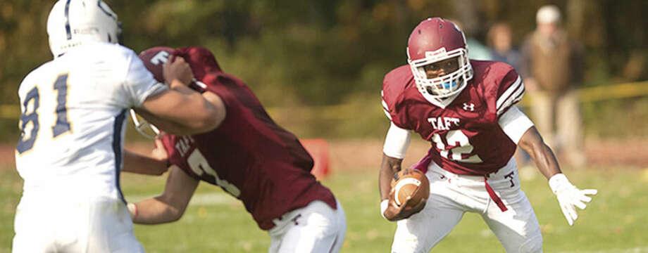 Taft School-October 12, 2013- Varsity Football v Choate. (Photo by Robert Falcetti Studio)