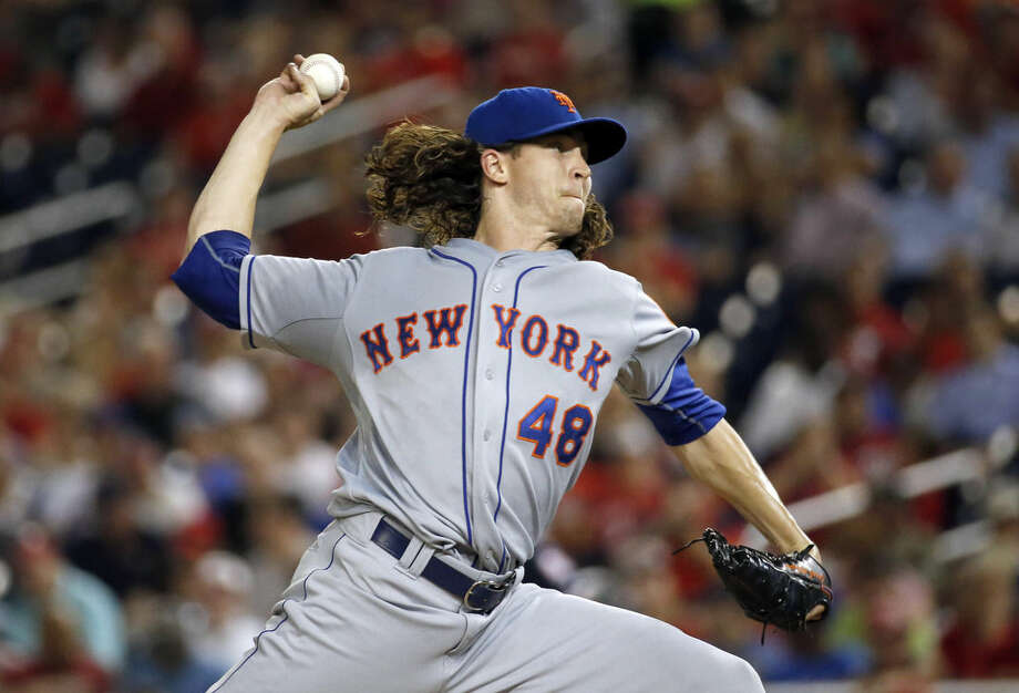 New York Mets starting pitcher Jacob deGrom throws during the third inning of a baseball game against the Washington Nationals at Nationals Park, Wednesday, Sept. 9, 2015, in Washington. (AP Photo/Alex Brandon)