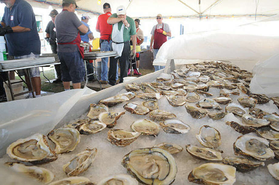 The Final day of the Oyster Festival in Norwalk on Sunday. Hour photo/Matthew Vinci