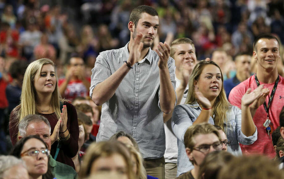 Liberty students applaud during a speech by Democratic presidential candidate, Sen. Bernie Sanders, I-Vt. at Liberty University in Lynchburg, Va., Monday, Sept. 14, 2015. (AP Photo/Steve Helber)