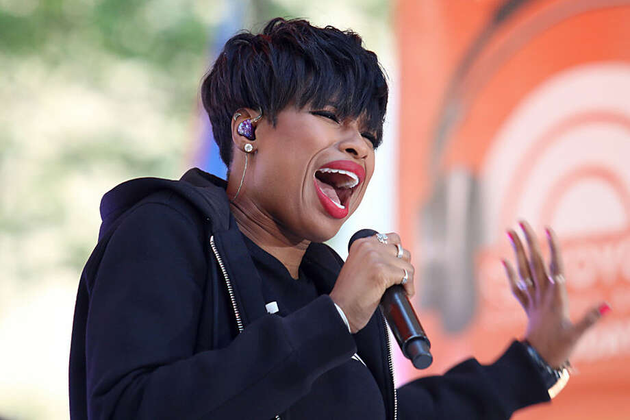 """Singer Jennifer Hudson performs on NBC's """"Today"""" show on Tuesday, Aug. 19, 2014, in New York. (Photo by Greg Allen/Invision/AP)"""