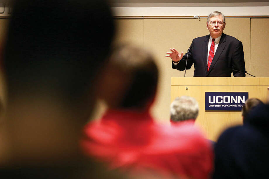 Hour photo/Chris Palermo. Stamford Mayor David R. Martin address factuly and staff at the annual UConn Town Hall Meeting Wednesday morning.