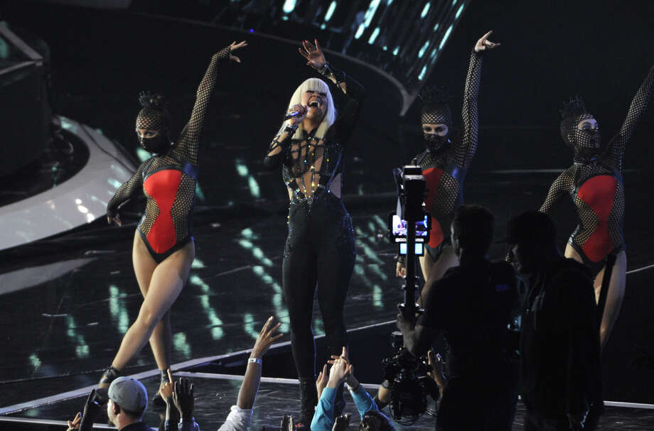 Iggy Azalea performs onstage at the MTV Video Music Awards at The Forum on Sunday, Aug. 24, 2014, in Inglewood, Calif. (Photo by Chris Pizzello/Invision/AP)