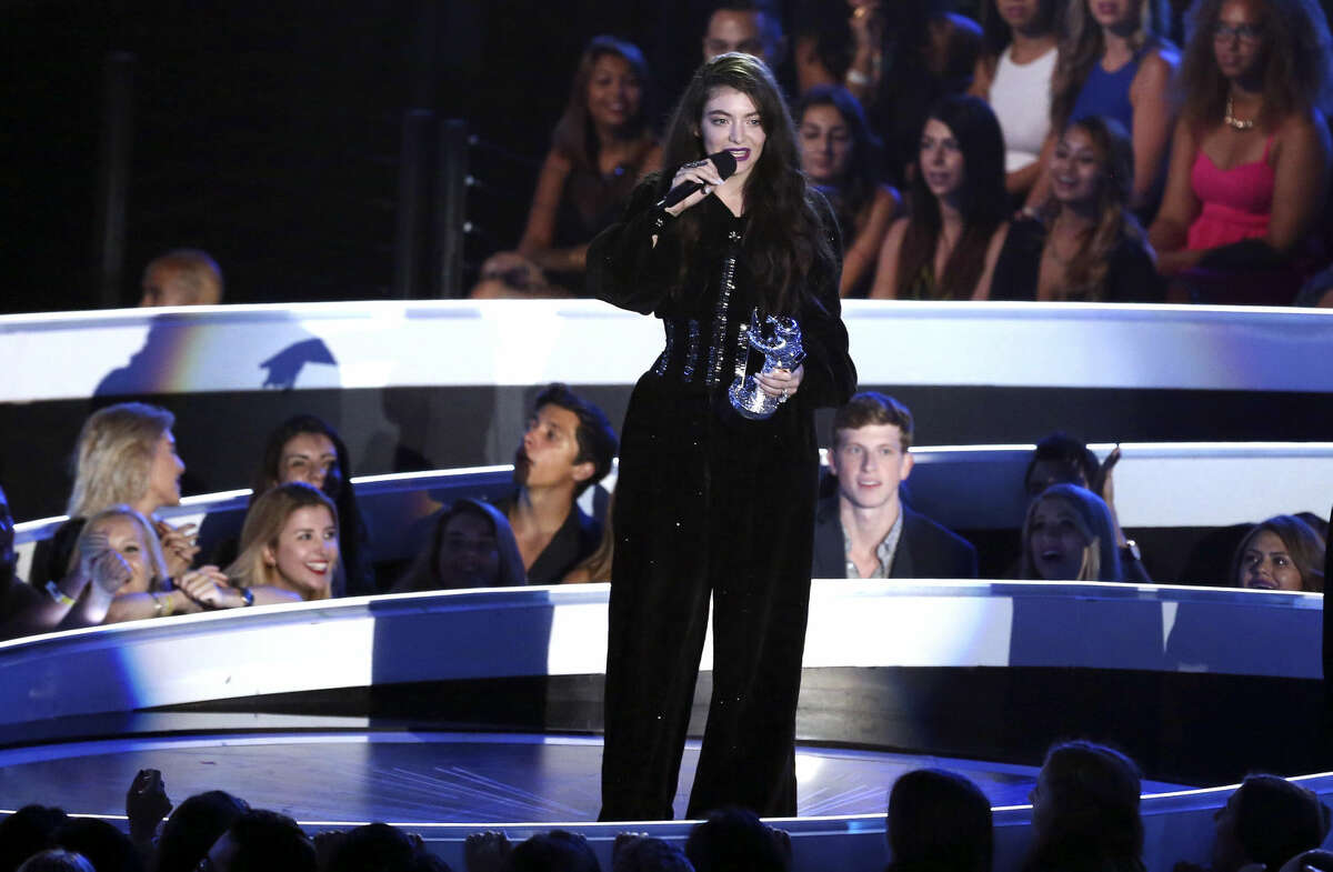 Lorde accepts the award for Best Rock Video at the MTV Video Music Awards at The Forum on Sunday, Aug. 24, 2014, in Inglewood, Calif. (Photo by Matt Sayles/Invision/AP)