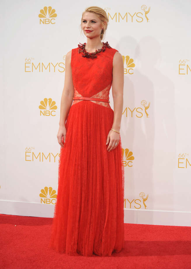 Claire Danes arrives at the 66th Annual Primetime Emmy Awards at the Nokia Theatre L.A. Live on Monday, Aug. 25, 2014, in Los Angeles. (Photo by Richard Shotwell/Invision/AP)