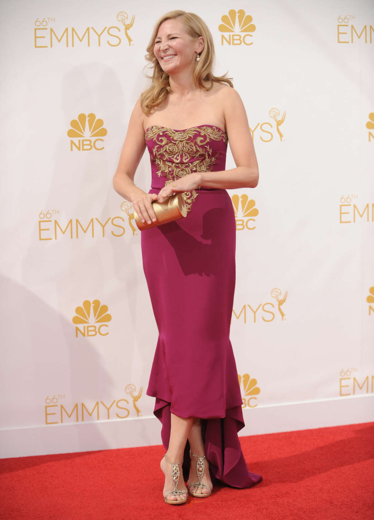 Jennifer Westfeldt arrives at the 66th Annual Primetime Emmy Awards at the Nokia Theatre L.A. Live on Monday, Aug. 25, 2014, in Los Angeles. (Photo by Richard Shotwell/Invision/AP)