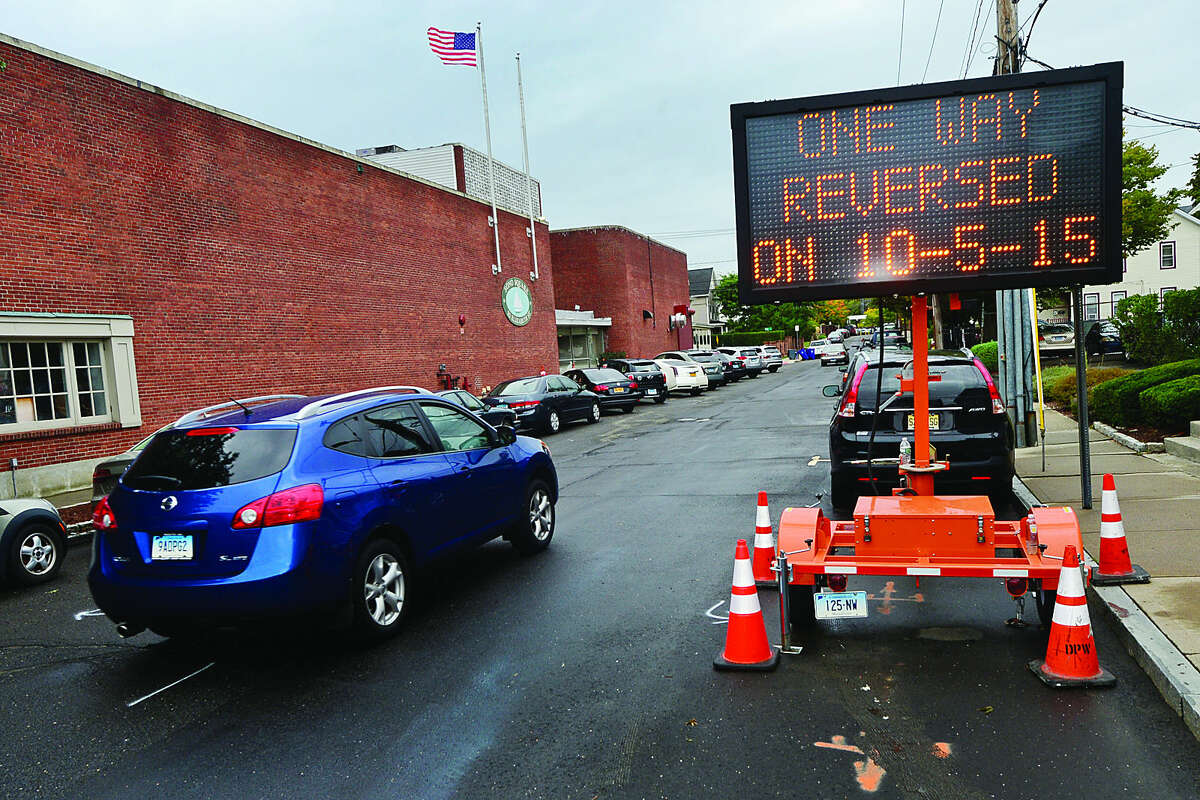 Hour photo / Erik Trautmann Traffic moves Northbound on Elizabeth Wednesday ahead of the move by the city to reverse directions of the one way streets, Haviland and Elizabeth, in South Norwalk Monday.