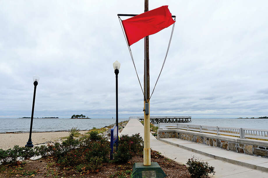 Hour photo / Erik Trautmann Windy conditions at Calf Pasture Beach ahead of Hurricaine Joaquin.