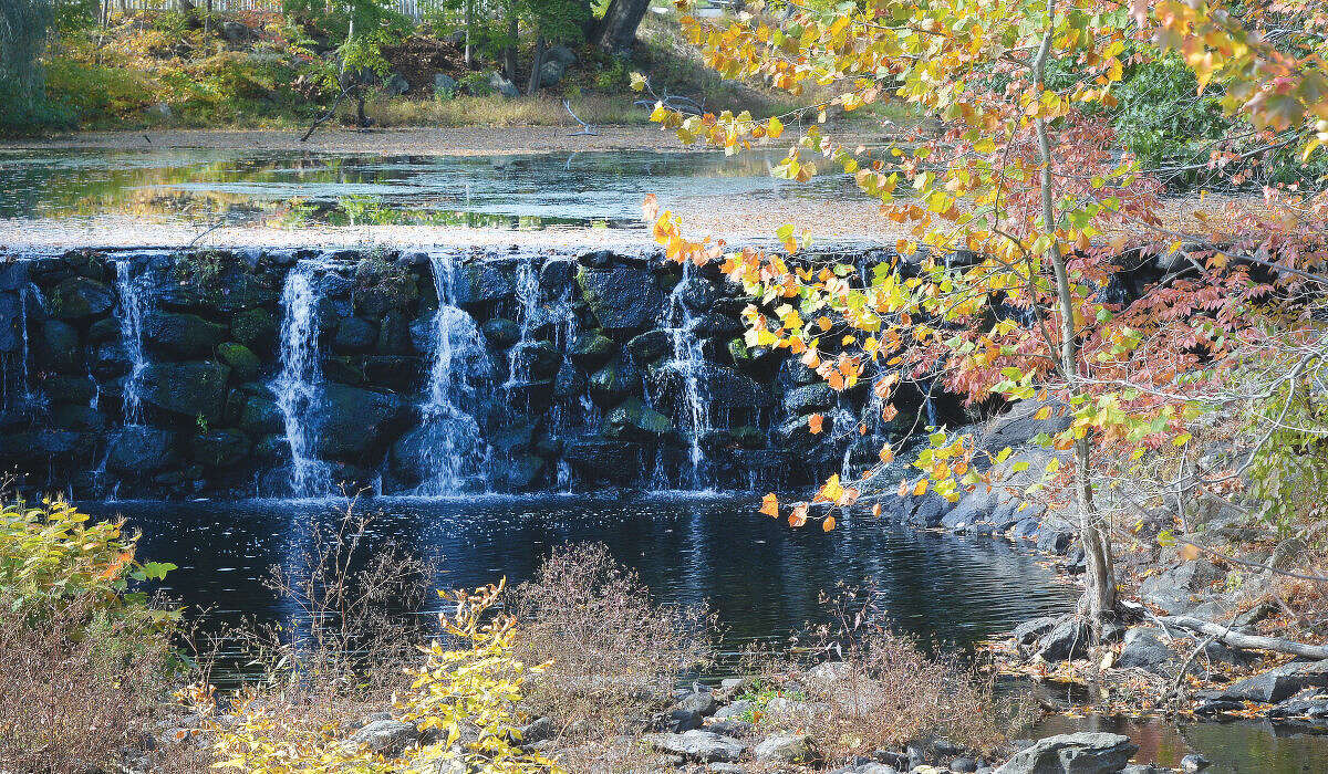 Hour Photo/Alex von Kleydorff Fall foliage near the waterfall along the Silvermine River in Norwalk. Photo appeared on front page of Saturday, October 17, 2015 edition.