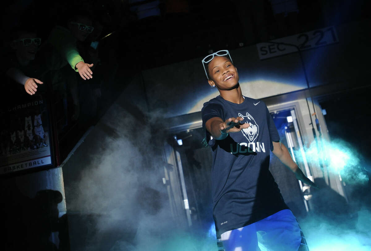 Connecticut's Moriah Jefferson is introduced during the men's and women's NCAA basketball teams' First Night event, Friday, Oct. 16, 2015, in Storrs, Conn. (AP Photo/Jessica Hill)