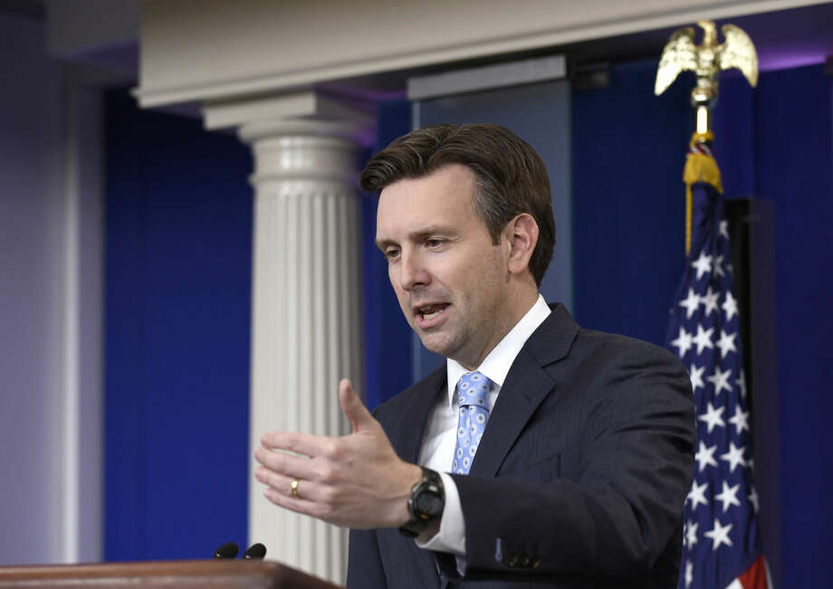 White House press secretary Josh Earnest speaks during the daily briefing at the White House in Washington, Monday, Oct. 26, 2015. Earnest answered questions about the budget and defense spending, the earthquake in Afghanistan, and other topics. (AP Photo/Susan Walsh)