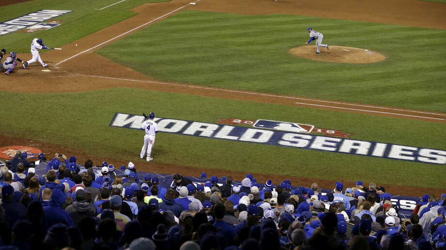 Kansas City Royals' Salvador Perez hits a double during the eighth inning of Game 2 of the Major League Baseball World Series against the New York Mets Wednesday, Oct. 28, 2015, in Kansas City, Mo. (AP Photo/David Goldman)