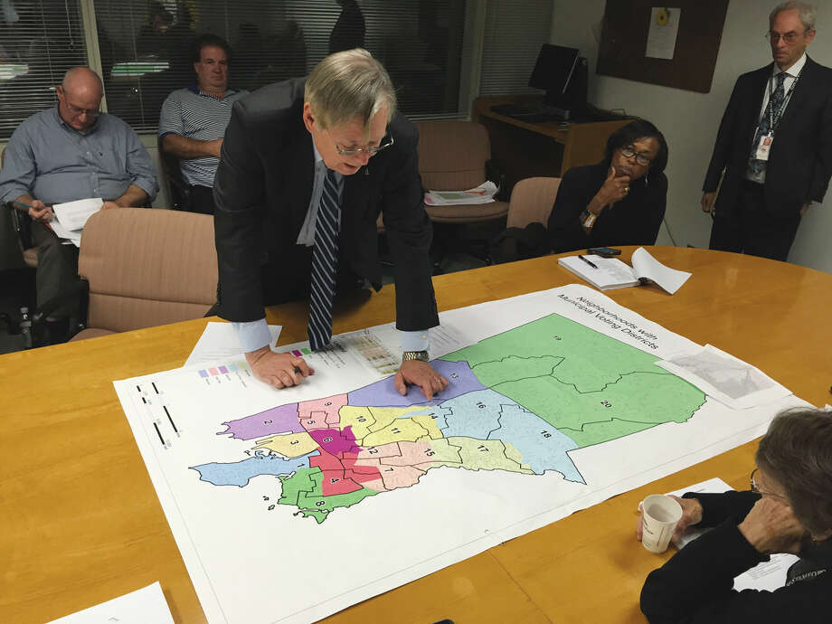 Mayor David Martin reviews his proposed neighborhood draft plan with members of the Land Use Committee.